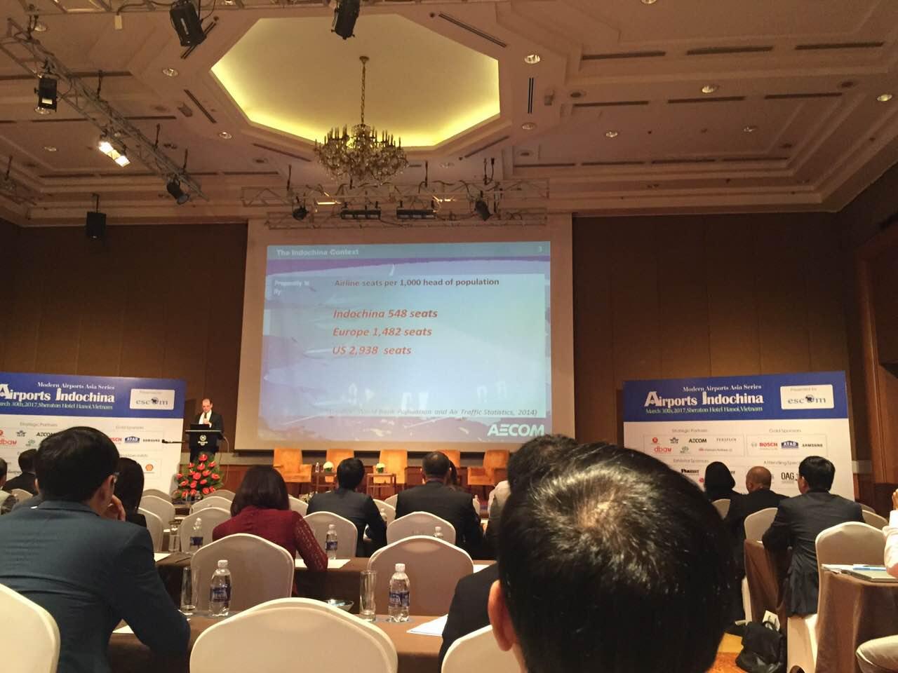 Tại hội nghị, các đại biểu đã cùng trao đổi và thảo luận về hợp tác hàng không quốc tế, an ninh hàng không dân dụng cũng như các giải pháp xây dựng sân bay ở khu vực.