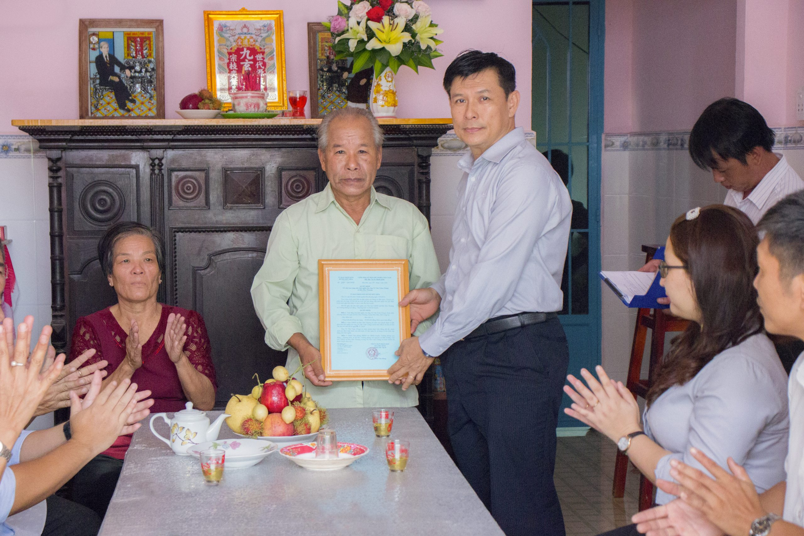 ATAD presented houses of gratitude in Duc Hoa district, Long An province 2