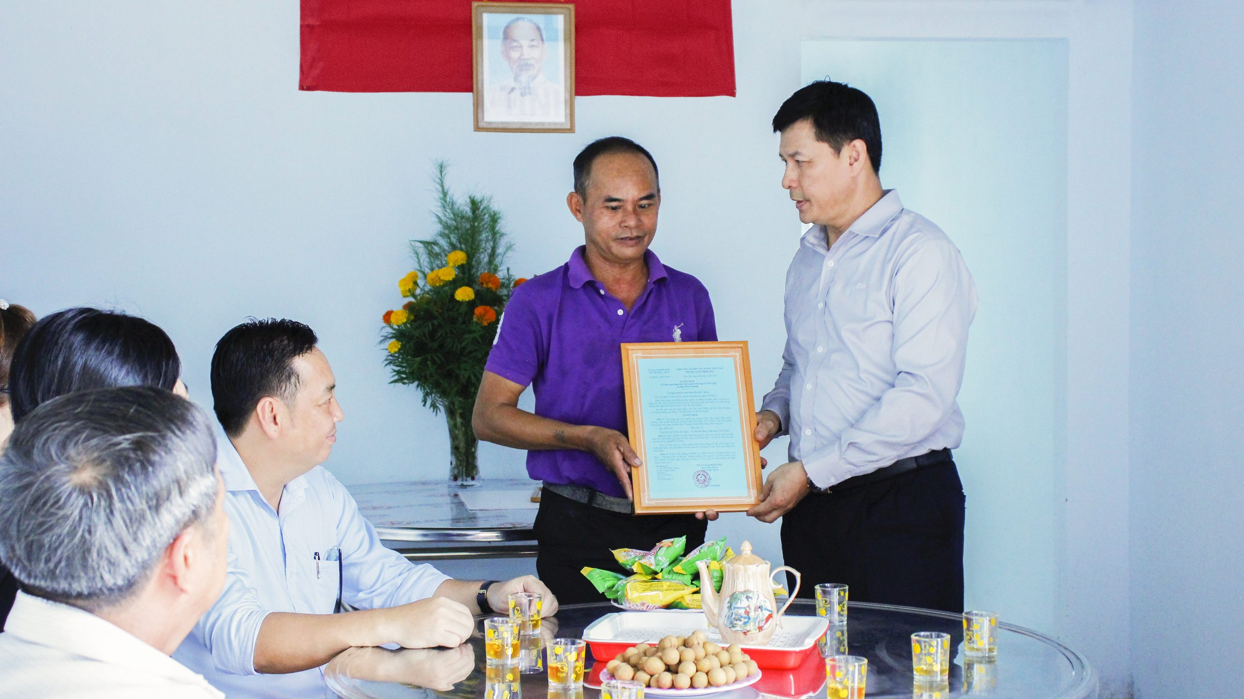 ATAD presented houses of gratitude in Duc Hoa district, Long An province 3