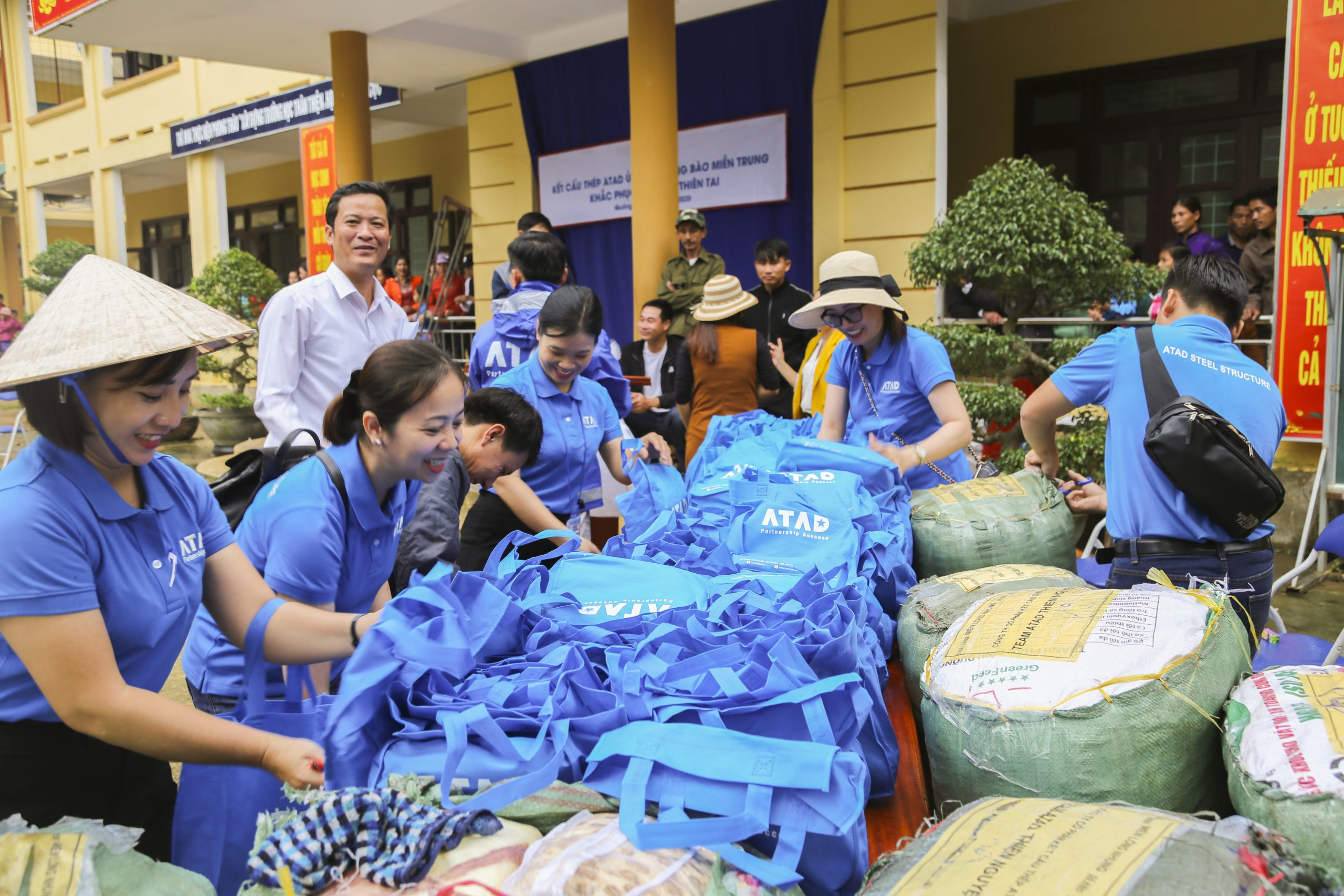 ATAD members sharing difficulties with people affected by flooding in Quang Binh province